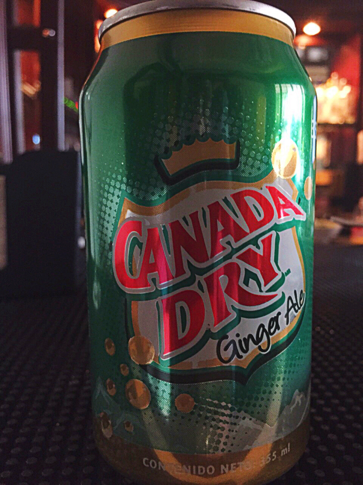Julia Pela la Yuca Burger Week Canada Dry ginger ale