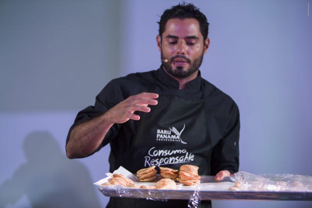 Julia Pela la Yuca Cervecerías Barú Chef Argimiro Armuelles. Chef Argimiro...