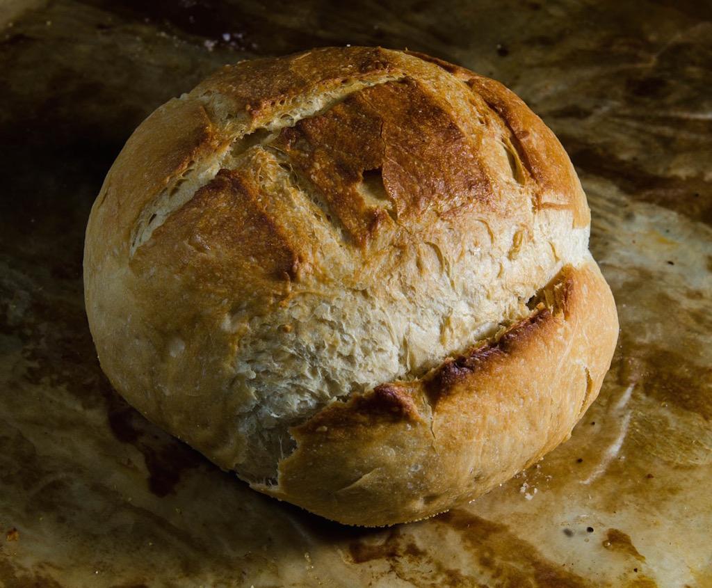 Julia Pela la Yuca Panama Baking Factory Pan Campesino chef Edna Cochez
