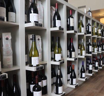 Buenos vinos: La Bottega Wine, Spirits & Deli