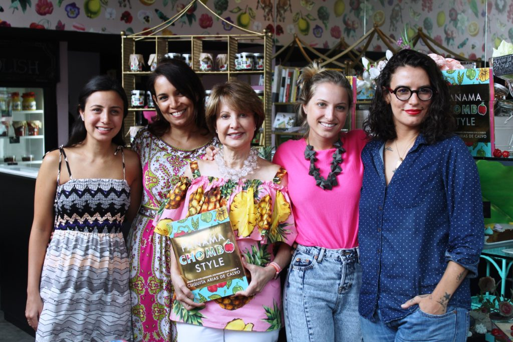 Julia Pela le Yuca Panamá Chombo Style Chef Cuquita Arias de Calvo